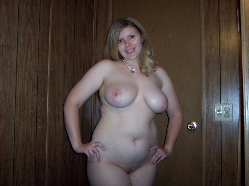голых домашнее пухленьких женщин фото